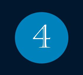 Das Bild zeigt die Nummer 4 für den Monat April mit weißer Schrift innerhalb eines blauen Kreises.