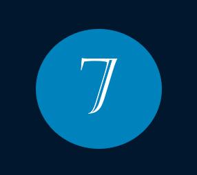 Das Bild zeigt die Nummer 7 für den Monat Juli mit weißer Schrift innerhalb eines blauen Kreises.