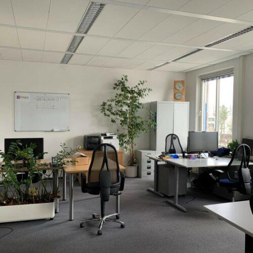 Das Bild zeigt einen Ausschnitt des techmatrix Büros in Haar bei München.