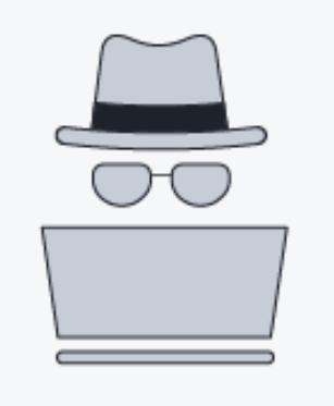 Das Bild zeigt einen grauen Hut, Brille und Laptop auf weißem Hintergrund, symbolisch für einen Grey-Hat-Hacker.
