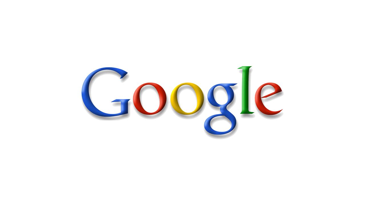 """Google Logo 1999 Nr. 2 - eine weitere Veränderung des Logos gab es ebenfalls im Jahr 1999 . Das Ausrufezeichen wurde wieder entfernt und das """"e"""" wurde erstmals schräg geschrieben. Auch gilt diese Version des Logos als die am längsten genutzte in der gesamten Unternehmensgeschichte."""